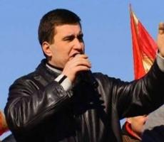 У посольства Италии в Москве митингуют сторонники Игоря Маркова