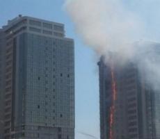 В Одессе в жилом многоэтажном комплексе возник пожар