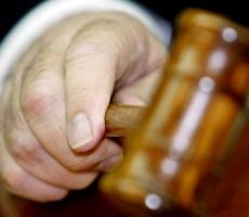 Суд предъявил экс-премьеру Молдовы статус обвиняемого