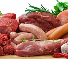 Колбаса, ветчина и сосиски провоцируют онкозаболевания