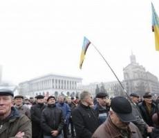 МВД Украины проводит выборочные проверки на Майдане