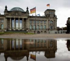 Беженцы в Германии будут иметь удостоверения личности