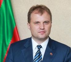 Евгений Шевчук вручил лучшим учащимся и студентам Приднестровья сертификаты государственной стипендии