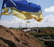Грузовик ВСУ подорвался на фугасе в Луганской области