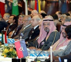 Представители России поедут на встречу нефтедобывающих стран
