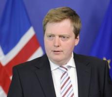 """""""Офшорный скандал"""" стал причиной отставки премьера Исландии"""