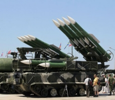 Азербайджан и Армения продолжат получать оружие из России