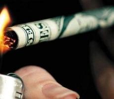 Курить в России станет очень дорого