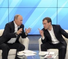 Медведев посвятил Путина в сложности российской экономики