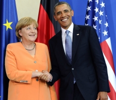 Обама и Меркель обсудили снятие санкций с России