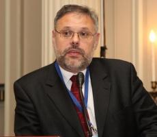 Михаил Хазин: 30 процентов россиян боятся потерять работу уже этой осенью