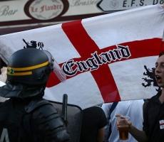 Британские фанаты снова устроили беспорядки