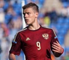Сборная России по футболу сыграет с любителями
