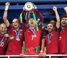 Португалия впервые за всю историю выиграла Чемпионат Европы
