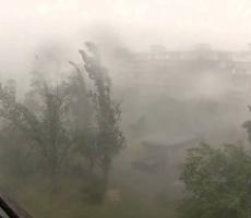 Москву ждет жара с ураганом