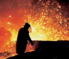 Евросоюз ударил по российским металлургам