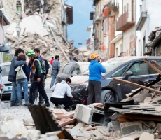Число жертв Итальянского землетрясения возрастет до 1000