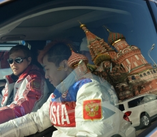 Российские олимпийцы получили новые машины