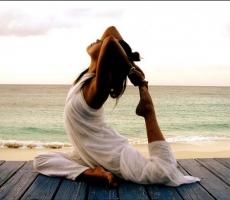Йога спасает от социального самоубийства