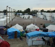 Президент Франции выступил против мигрантов