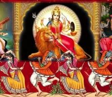Йоги празднуют день НАВАРАТРИ
