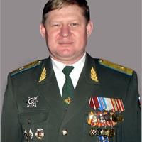 Воздушно-десантные войска России возглавил Сердюков