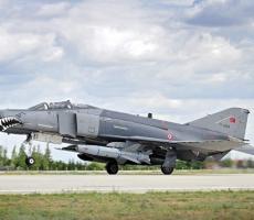 Российские и сирийские военные прогнали турецкие самолеты