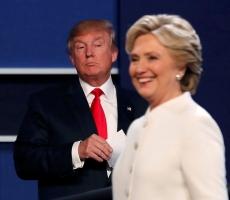 Клинтон побеждает, но у Трампа есть шансы