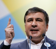 "Саакашвили метит на ""украинский трон"""