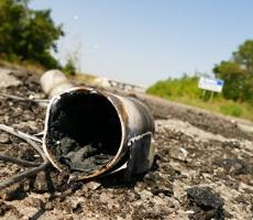 Силовики забрасывают минами территорию ДНР
