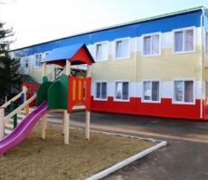 Севастополь отстает от Крыма по детским садам