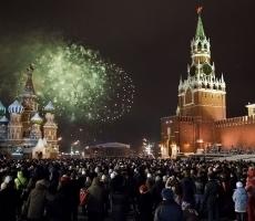 В Москве массово отмечают Новый год