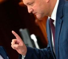 Молдову ждет схватка Додона с прозападными силами