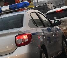 В Москве мужчина подрался с беременной женщиной за парковку