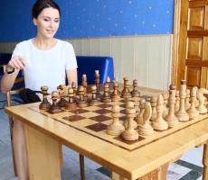 Депутаты Госдумы играют в шахматы