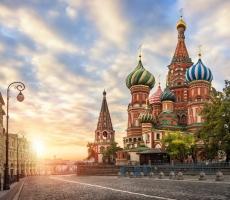 Солнечная погода в Москве радует горожан