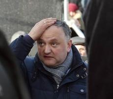 Армия Молдовы игнорирует президента Додона