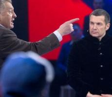 Максим Сурайкин попытался избить Максима Шевченко. Видео
