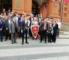 Актив РОС возложил цветы на Мемориале Неизвестному Солдату в Москве