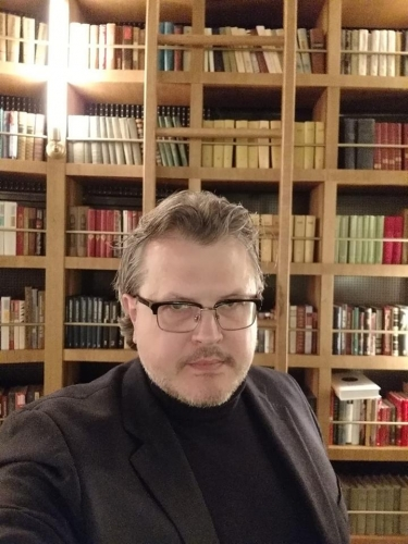 Дмитрий Соин: Убийцы памятников на Украине страдают идиотией
