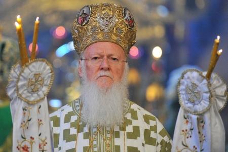 Раскольники разрушают церковные каноны на Украине. Батл на Первом канале. Видео!