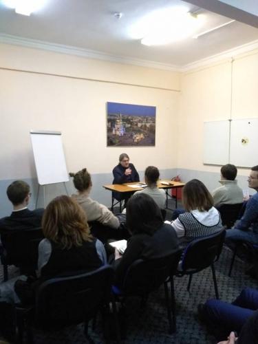 Жесткие переговоры и ораторское искусство: новый курс Дмитрия Соина