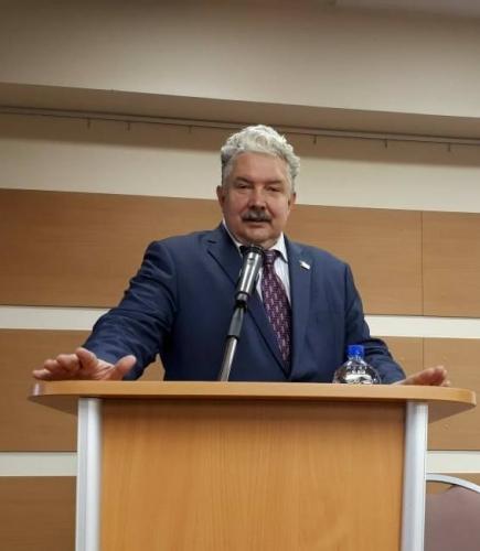 Сергей Бабурин провел круглый стол в Пятигорском университете