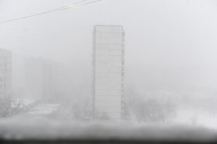 Паранормальный снегопад в Москве вызвал непреодолимые пробки
